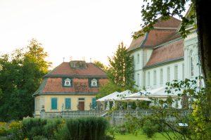 Schloss Fasanerie - Seitenansicht